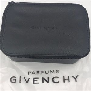 🔥weekend sale 🔥GIVENCHY PARFUMS cosmetics bag